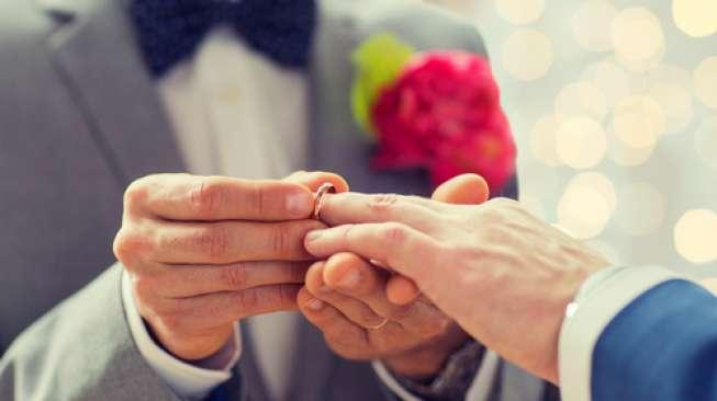 Ilustrasi pernikahan sesama jenis (Shutterstock)