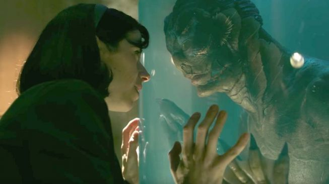 Salah satu adegan di film Shape of Water