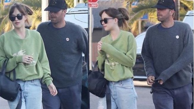 Chris Martin dan Dakota Johnson (Instagram)