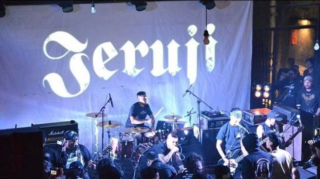 konser band Jeruji (@jerujiofficial/instagram).