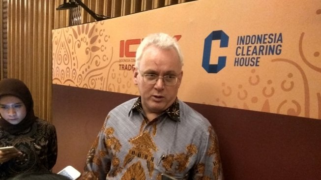 CEO Indonesia Commodity & Derivatives Exchange (ICDX) Lamon Rutten.
