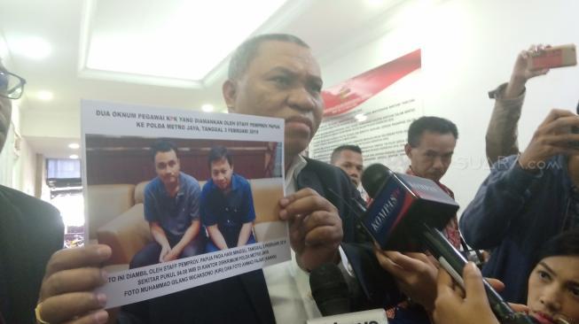 Kuasa hukum pihak Pemprov Papua, Stefanus Roy Rening. (Suara.com/Yosea Arga Pramudita)