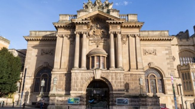 Bristol Museum and Art Gallery. (Shutterstock)