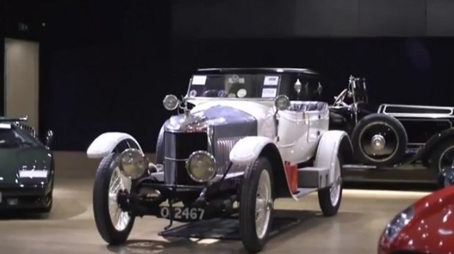 Vauxhall 'Prince Henry' Sport Torpedo. (YouTube/News Excluxive Today)