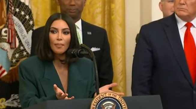 Kim Kardashian. (YouTube/CBS News)
