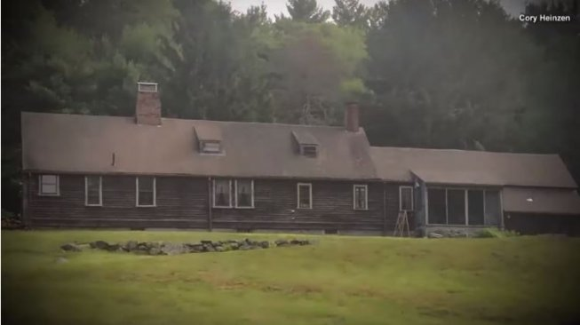 Rumah asli yang jadi inspirasi film The Conjuring (youtube.com/Inside Edition)