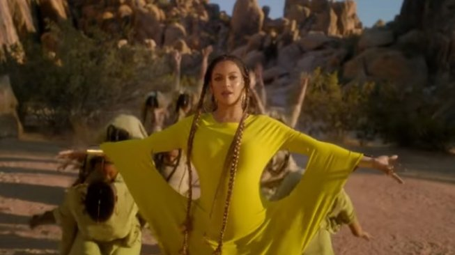 Beyonce di video musik Spirit OST The Lion King. (YouTube/Beyonce)