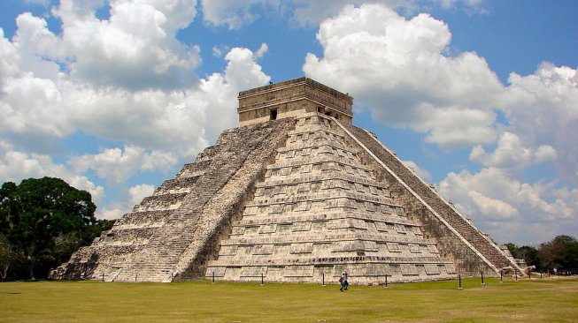 Chichen Itza (Wikimedia Commons)