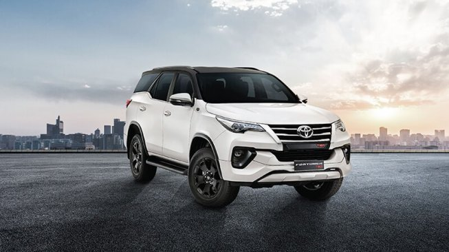 Toyota Fortuner TRD Sportivo. (Indian Autos Blog)