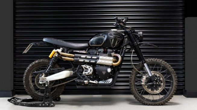 Triumoh Scrambler 1200 di film James Bond. (visordown.com)