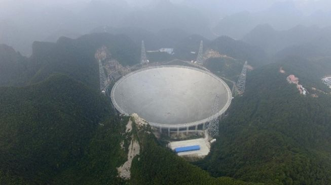 Teleskop Pemburu Alien China Mulai Beroperasi September
