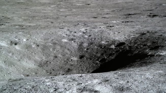 China Shares Beautiful Photos from the Moon Away Side Mission