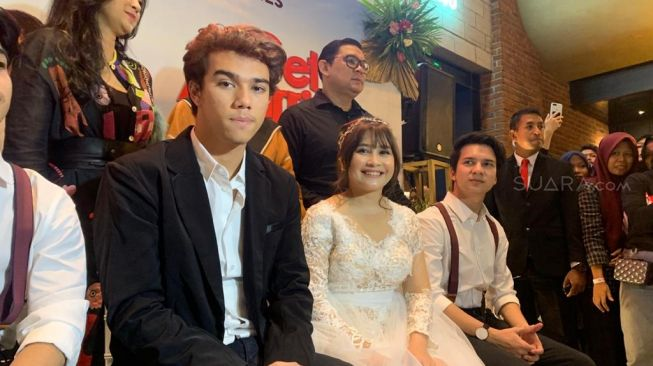 Prilly Latuconsina dan Jeff Smith [Suara.com/Evi Ariska]