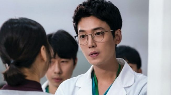 Hospital Playlist [Soompi]