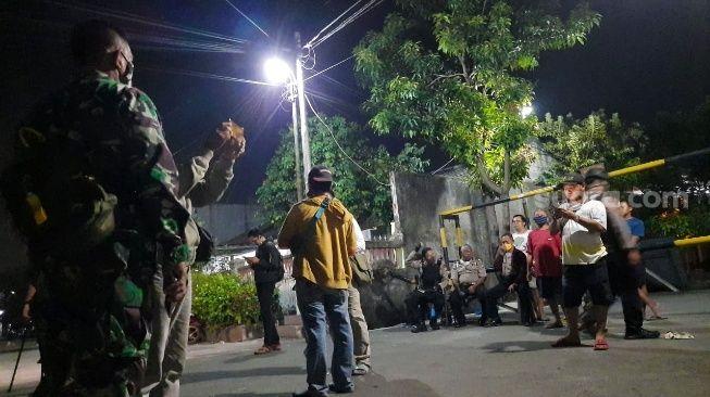Detik-detik Penggerebekan Markas John Kei di Bekasi