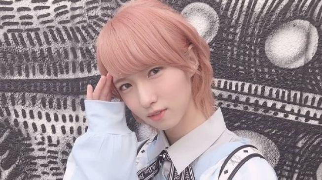Kelewat Cantik, Penyanyi Cowok Asal Jepang Ini Dilecehkan Bos Sendiri