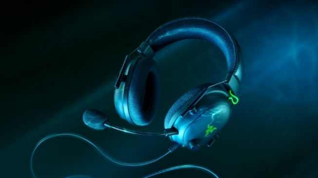 Gamer Merapat, Razer Rilis Kembali Headphone Gaming BlackShark V2