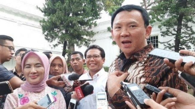Basuki Tjahaja Purnama alias Ahok saat memberikan keterangan pers (Suara.com/Ummi Saleh). Ahok mengkritik pedas Pertamina.