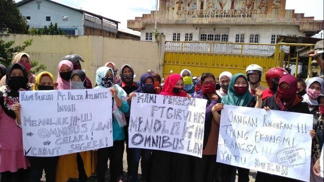 Demo Besar dan Mogok Kerja Buruh Dilanjutkan Rabu Hari Ini, Ini Lokasinya