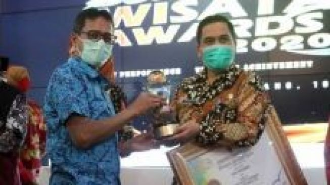 Kota Pariaman Raih Penghargaan PWA 2020 Kategori 'The Best Performance'