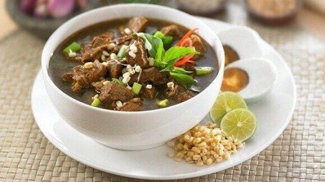 Rawon Kuliner Khas Jawa Timur: Resep dan Berbagai Jenisnya