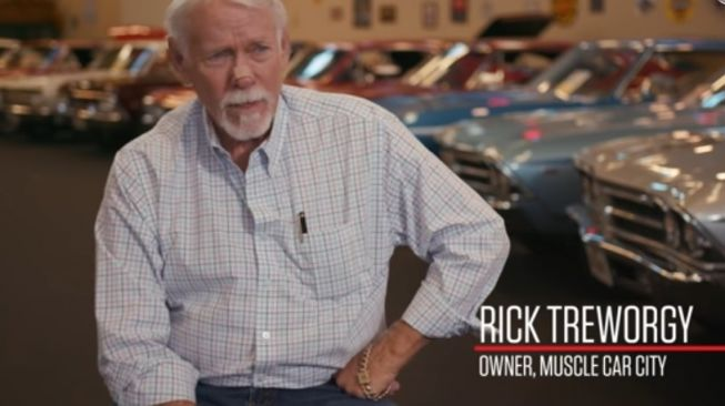 Rick Treworgy, pemilik Muscle Car City [YouTube: Muscle Car City].