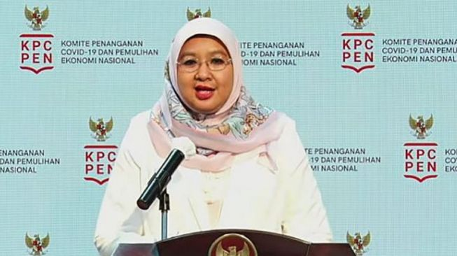 Government Spokesperson for Covid-19 Vaccination Dr. Siti Nadia Tarmizi in a virtual press conference in Jakarta, Friday (21/1/2021). [Tangkapan layar Youtube Sekretariat Presiden]