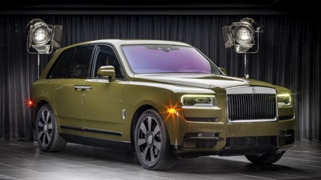 Rolls-Royce Kenalkan Delapan Unit Colours of Cullinan Collection