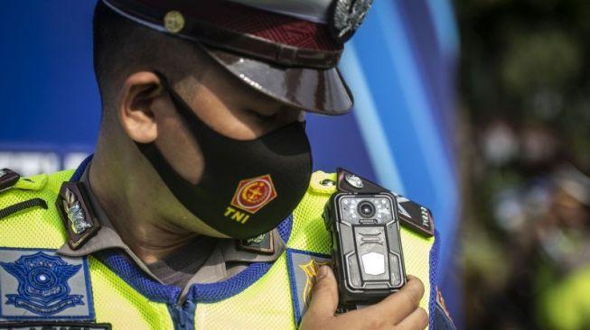 Kapolri: Bikin SIM Nantinya Cukup Lewat Smartphone