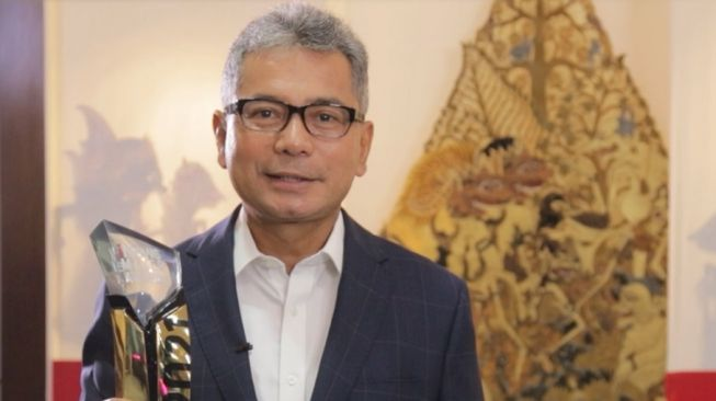 Kinerja Positif, BRI Terima the Best CEO dan Best Innovative Company