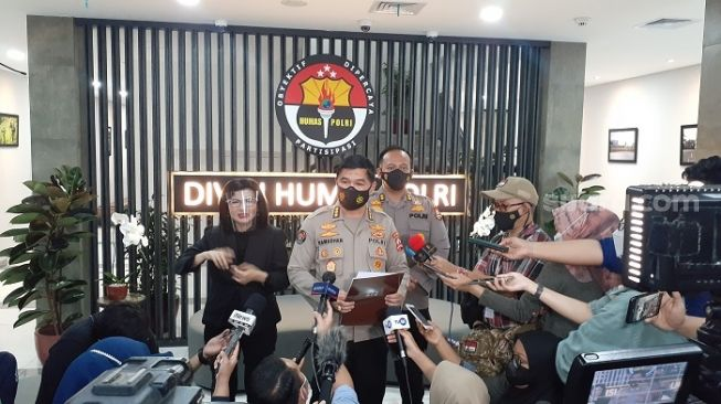 Bukan Dibekuk, Teroris Saiful Basri Menyerahkan Diri ke Polsek Pasar Minggu