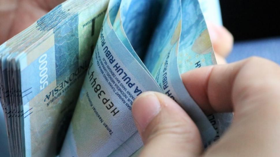 Ini Tiga Tips Agar Masyarakat Lepas Dari Jeratan Pinjaman Online