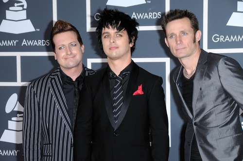 Personel Band Green Day, Tre Cool, Billie Joe Armstrong, Mike Dirnt. (Shutterstock)