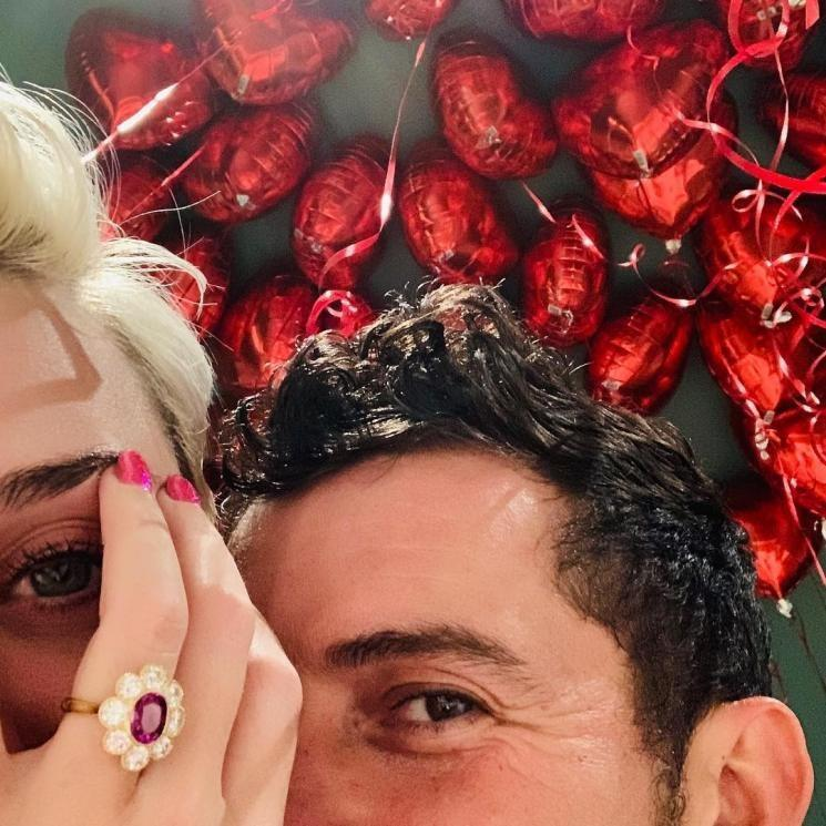 Katy Perry pamer cincin tunangan Orlando Bloom [Instagram @katyperry]