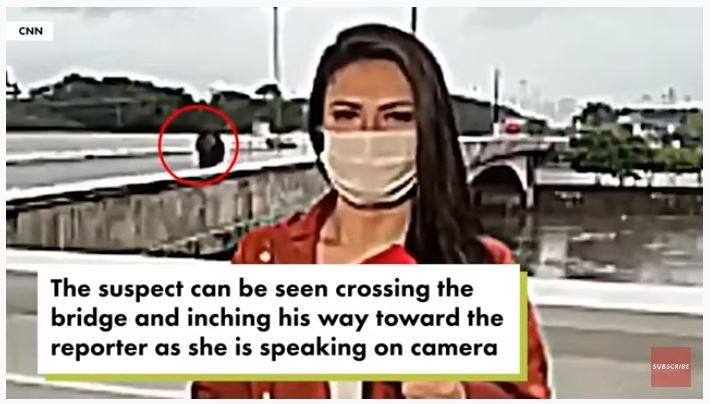 Reporter CNN dirampok saat siaran langsung. (Youtube/New York Post)