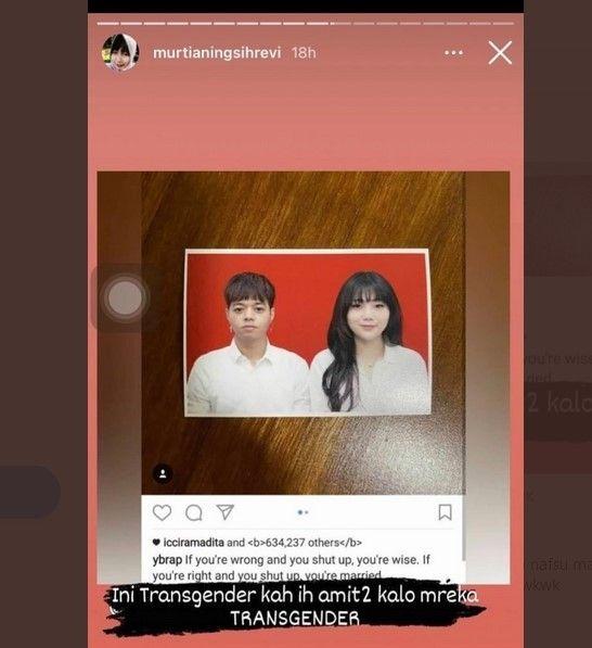 Seorang warganet dengan akun @murtianingsihrevi menyebut kalau Reza Arap dan Wendy Walters pasangan transgender. [Instagram]