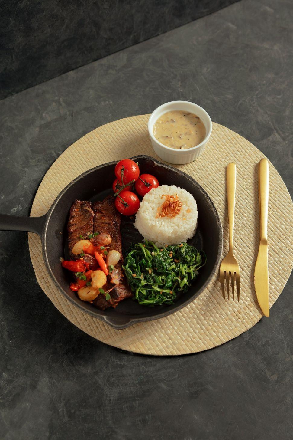 Wagyu Steak Sambal Geprek. (Dok. Holycow)