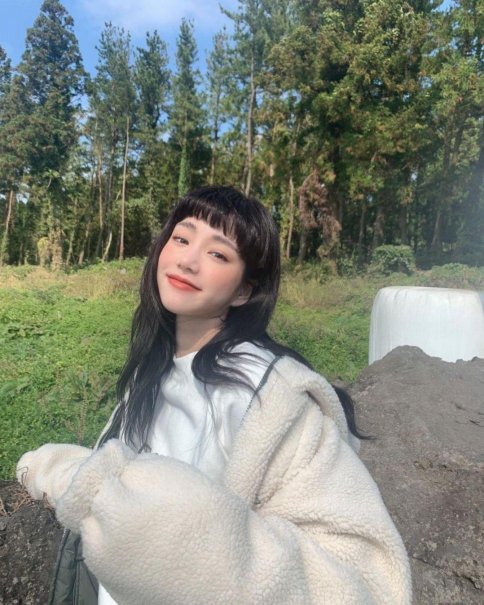 Pesona Lee Yoo Bi (Instagram/yubi_190)